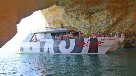 Group enjoying the Belize Boat Party