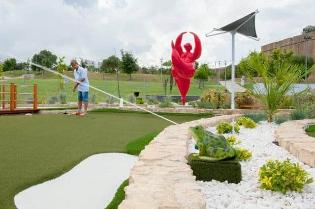Golf Pro Putting Garden