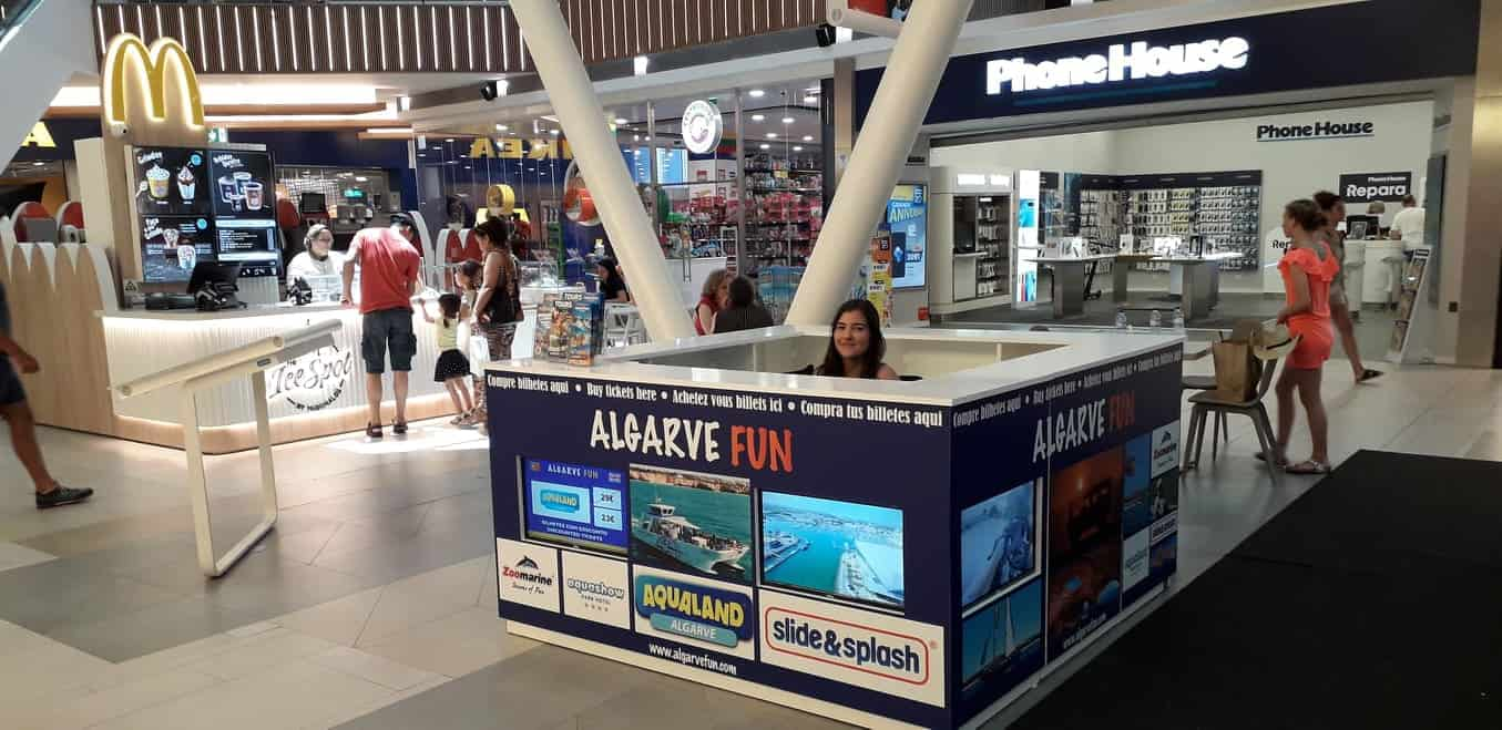 Algarve Fun Stand At Mar Shopping